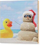 Ducky And Santa At The Beach Wood Print