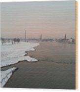 Dusseldorf Rhine In The Snow Wood Print