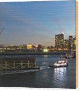 East River Traffic New York Wood Print