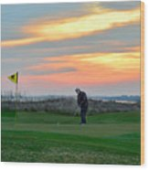 Eighteenth Green At Sunset Wood Print