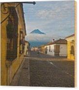 el Volcan Wood Print