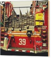 Engine 39 - New York City Fire Truck Wood Print