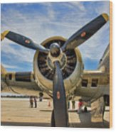 Engine B-17 Wood Print