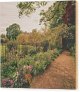 England - Country Garden And Flowers Wood Print