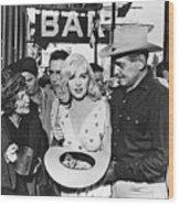 Estelle Winwood Marilyn Monroe Clark Gable Eli Wallach Montgomery Clift The Misfits Reno Nevada 1961 Wood Print