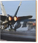 F 18 Hornet-aircraftcarriers Wood Print