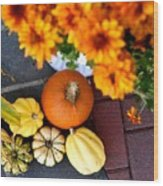 Fall Mums And Pumpkins Wood Print