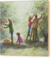 Family Picking Apples Wood Print