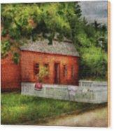 Farm - Barn - A Small Farm House  Wood Print