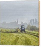 Farming In Clackmannan Wood Print