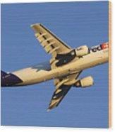 Fedex Airbus A300f4 605r N692fe Phoenix Sky Harbor December 23 2010 Wood Print