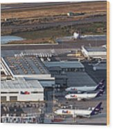 Fedex Express Fedex Ship Center At Oakland International Airport Wood Print