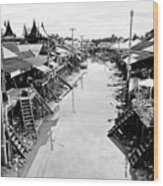 Floating Market In Thailand Wood Print by Sarayut Mathavetchathum