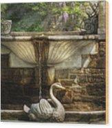 Flower - Wisteria - Fountain Wood Print