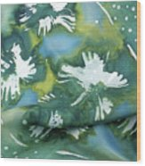 Flowers Floating On The Water Wood Print by Joanna White