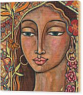 Focusing On Beauty Wood Print