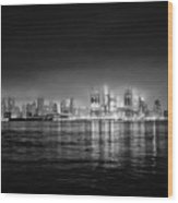 Fog Shrouded Midtown Manhattan In Black And White Wood Print