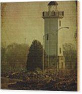 Fond Du Lac Lighthouse Wood Print
