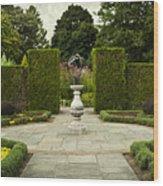 Quiet Garden Space At Niagara Falls Botanical Gardens Wood Print