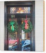 Fredricksburg Door Decorated For Christmas Wood Print