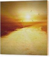 Freedom Escape Wood Print by Linda Sannuti
