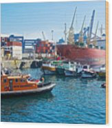 Freighter And Shipping Containers In Port Of Valpaparaiso-chile Wood Print