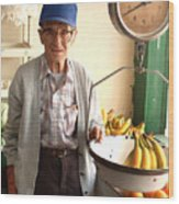 Fresh Bananas For Sale Wood Print by Don Wolf