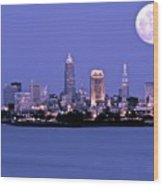 Full Moon Over Cleveland Wood Print
