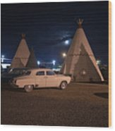 Full Moon Over Wigwam Motel Wood Print
