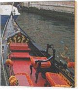 Gondola Rossa Venice Italy Wood Print by Italian Art