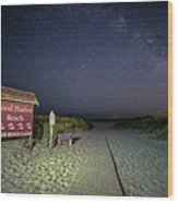 Good Harbor Beach Sign Under The Stars And Milky Way Wood Print