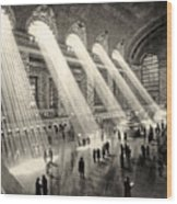 Grand Central Terminal, New York In The Thirties Wood Print