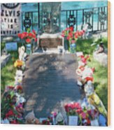 Grave Site At Graceland The Home Of Elvis Presley, Memphis, Tennessee Wood Print