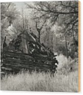 Green Mountain Cabin Wood Print