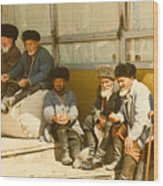 Group Of Uzbek Retirees Wood Print