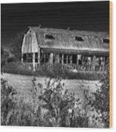 Hainesville Barn B/w Wood Print