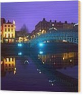 Hapenny Bridge, Dublin, Ireland Wood Print