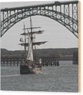 Hawaiian Chieftain In Yaquina Bay Wood Print