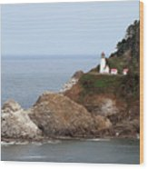 Heceta Head Lighthouse - Oregon's Scenic Pacific Coast Viewpoint Wood Print