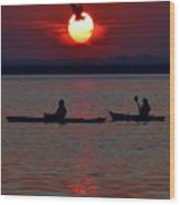 Heron And Kayakers Sunset Wood Print
