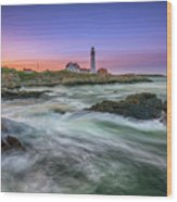 High Tide At Portland Head Lighthouse Wood Print