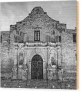 Historic San Antonio Alamo Mission - Black And White Edition Wood Print