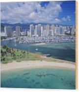 Honolulu, Oahu Wood Print
