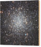 Hubble Image Of Messier 9 Wood Print