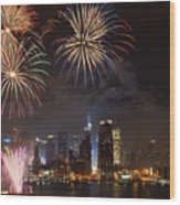 Hudson River Fireworks Iv Wood Print by Clarence Holmes