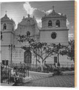 Iglesia Ciudad Vieja - Guatemala Bnw Wood Print