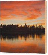 Island At Sunset Wood Print
