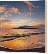 Island Gold - An Amazingly Golden Sunset On The Beach In Hawaii Wood Print