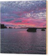 Isle Royale Belle Isle Dawn Wood Print