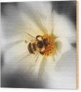 Its Good To Bee Me Wood Print